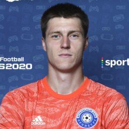 Оренбургские спортсмены играют в футбол в режиме онлайн