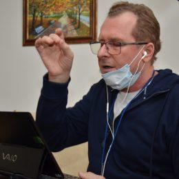 В Оренбурге муниципальные коллективы репетируют онлайн
