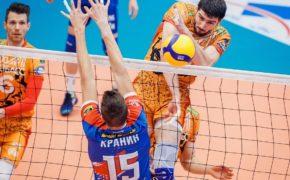 Волейболисты «Нефтяника» уступили кемеровскому «Кузбассу»