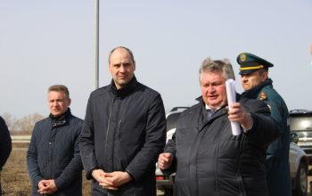 Денис Паслер посетил место паводка в Новосергиевском районе