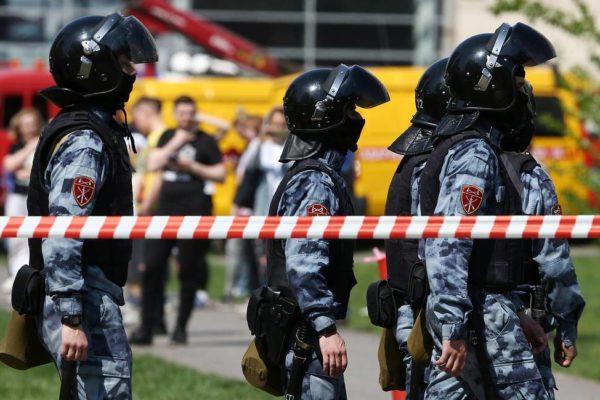 В школах Оренбуржья усилят контрольно-пропускной режим после трагедии в Казани