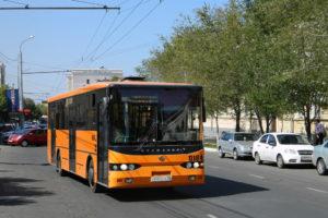 На Радоницу в Оренбурге запустят три автобусных маршрута и перекроют две улицы